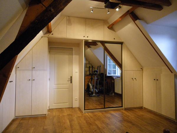 magasin tours la maison du placard. Black Bedroom Furniture Sets. Home Design Ideas